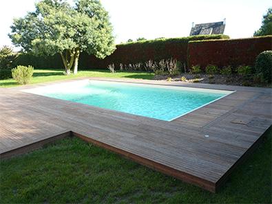 Installation de piscine bois vannes bleu atlantic for Constructeur piscine bois